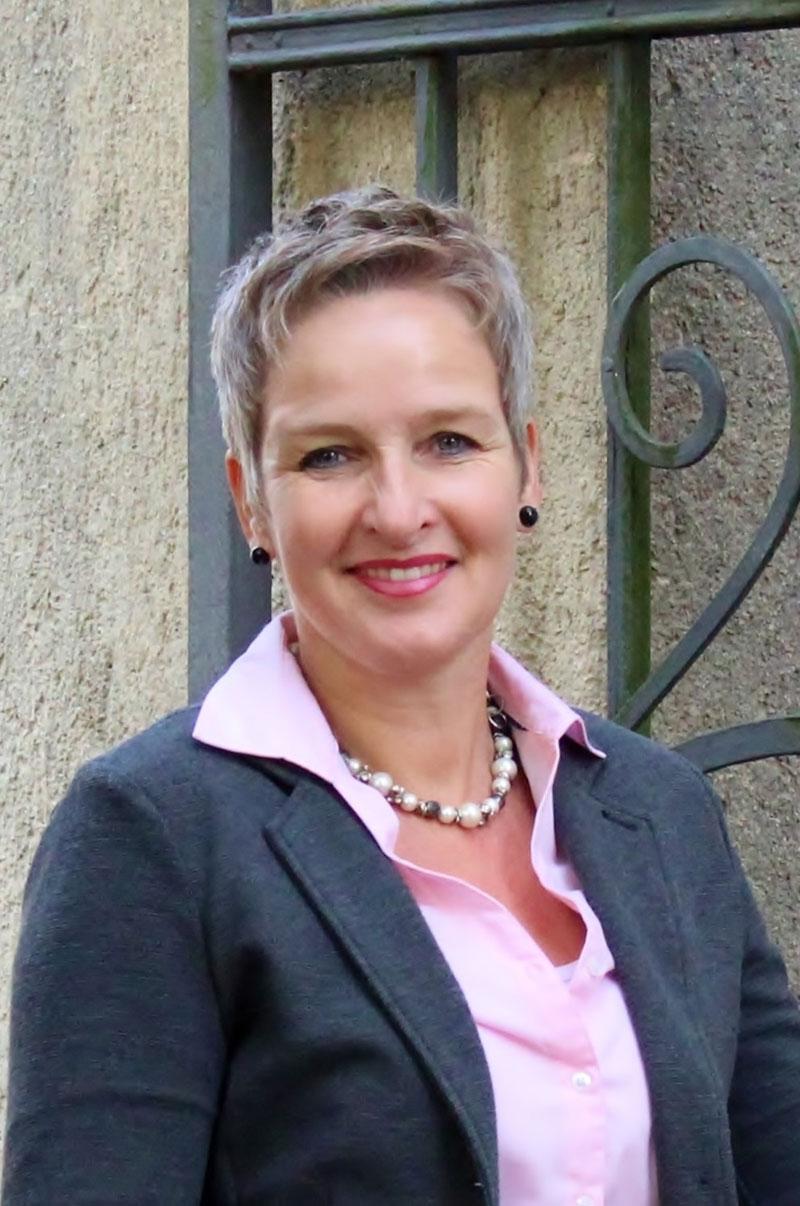 Erwerbstätigkeit-Ansprechpartnerin-Heidi-Wientjes